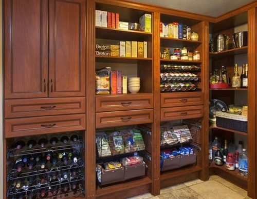 Custom Pantry Spaces